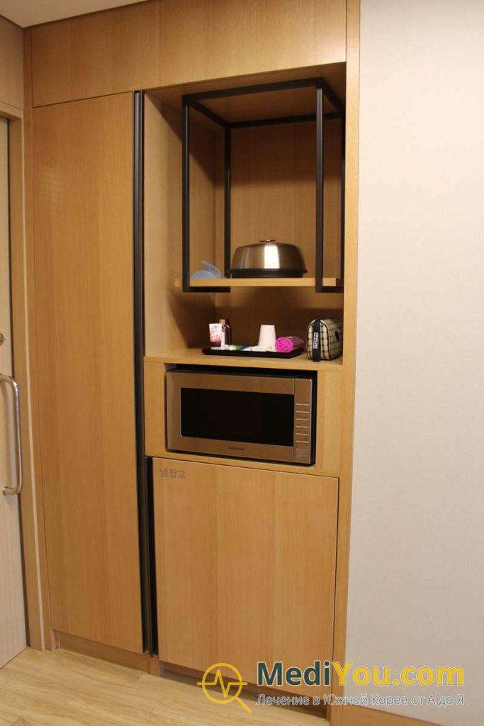 ВИП палата - СВЧ и Холодильник